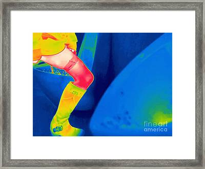 Woman Using A Urinal, Thermogram Framed Print by Thierry Berrod, Mona Lisa Production/ Science Photo Library