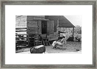 102 Year Old Woman At Her Home Framed Print by Underwood Archives