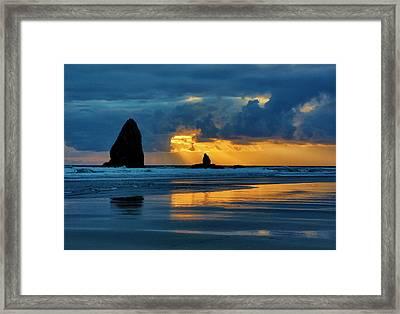 Usa, Oregon, Cannon Beach Framed Print by Jaynes Gallery