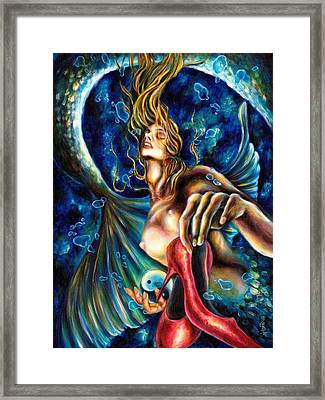 12 Signs Series Pisces Framed Print