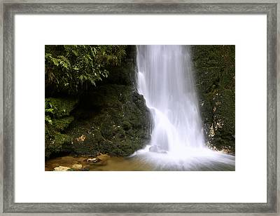 Waterfall Framed Print by Les Cunliffe