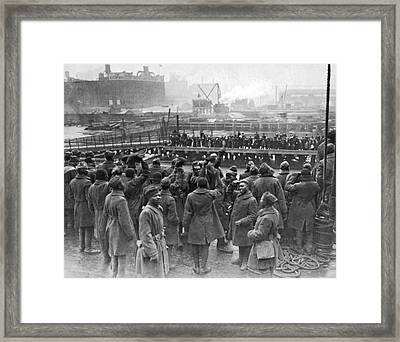15th Infantry War Heroes Framed Print by Underwood Archives