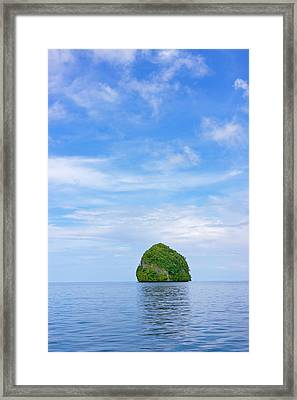 Rock Islands, Palau Framed Print by Keren Su