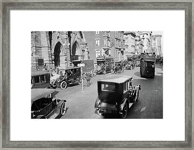 1900s 1912 Policeman And Traffic Framed Print