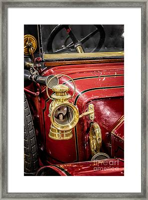 1912 Star Victoria Framed Print by Adrian Evans