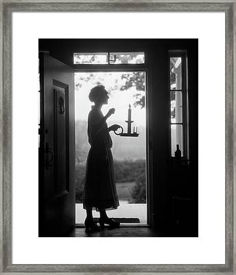1920s Silhouette Of Anonymous Woman Framed Print