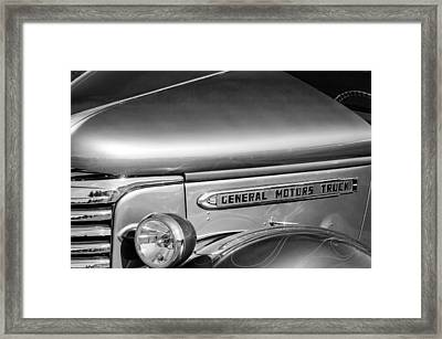 1940 Gmc Side Emblem -0378bw Framed Print