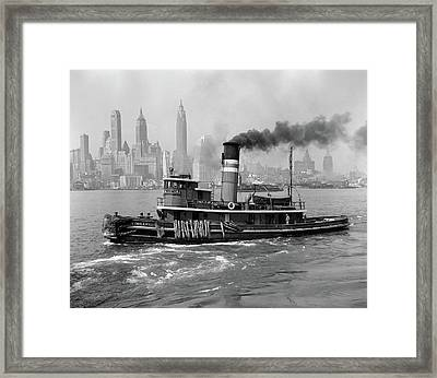 1940s Steam Engine Tugboat On Hudson Framed Print