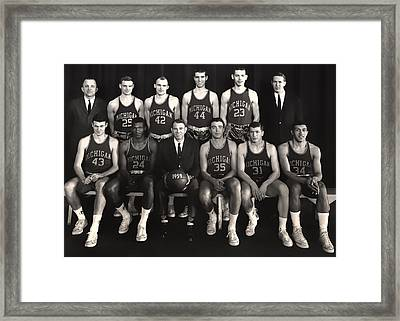 1959 University Of Michigan Basketball Team Photo Framed Print by Mountain Dreams
