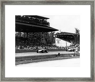 1960 Indy 500 Race Framed Print by Underwood Archives
