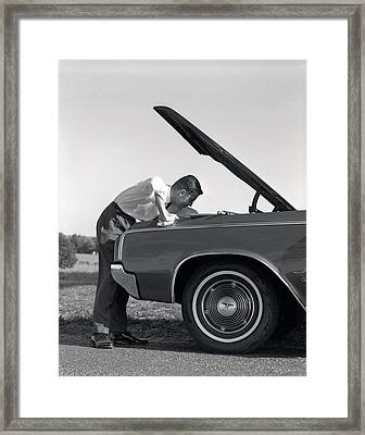1960s Side View Of Man In Shirt & Tie Framed Print
