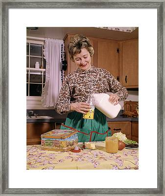 1960s Smiling Woman Housewife Mother Framed Print