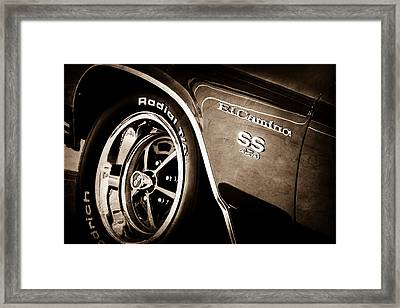 1970 Chevrolet El Camino Ss 454 Ci Wheel - Side Emblem Framed Print