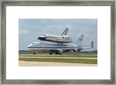 747 Carrying Space Shuttle Framed Print by Science Source