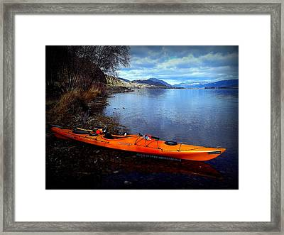 Framed Print featuring the photograph Banburrygreen by Guy Hoffman