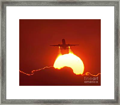 Boeing 737 Taking Off At Sunset Framed Print by David Nunuk