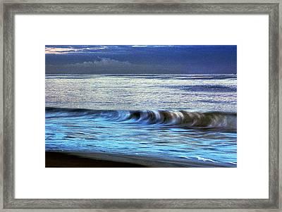 Breaking Wave Framed Print
