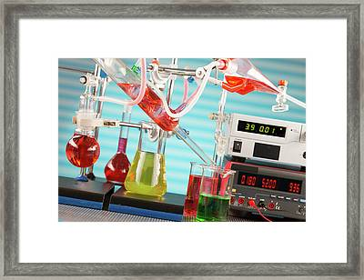 Chemistry Experiment In Lab Framed Print by Wladimir Bulgar