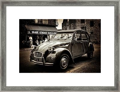 Framed Print featuring the photograph Citroen 2cv / Meyssac by Barry O Carroll