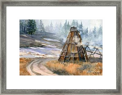 Cookin' It Framed Print by Lynne Wright