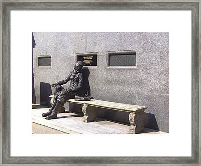 Eleanor Rigby Statue Liverpool Uk Framed Print