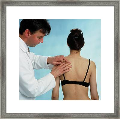 Gp Doctor Performs Percussion Chest Examination Framed Print by Saturn Stills/science Photo Library