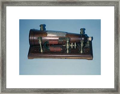 Grigg's Magnetic Machine Framed Print by Science Photo Library