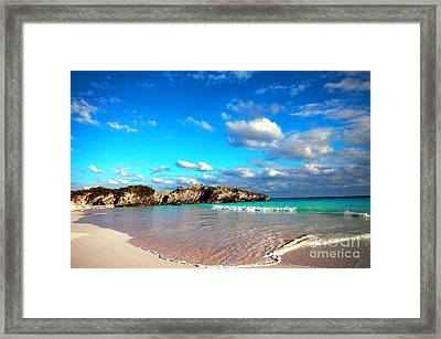 Horseshoe Bay In Bermuda Framed Print