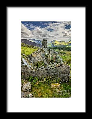 Snowdon Framed Prints