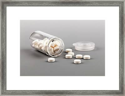 Pills In Bottle Framed Print by Wladimir Bulgar