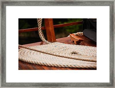 Rope Circle Framed Print
