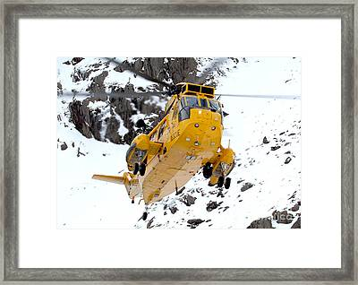Seaking Helicopter Framed Print by Paul Fearn