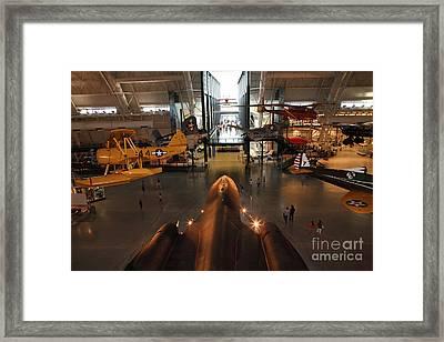 Sr71 Blackbird At The Udvar Hazy Air And Space Museum Framed Print