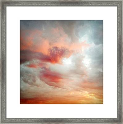 Sunset Sky Framed Print by Les Cunliffe