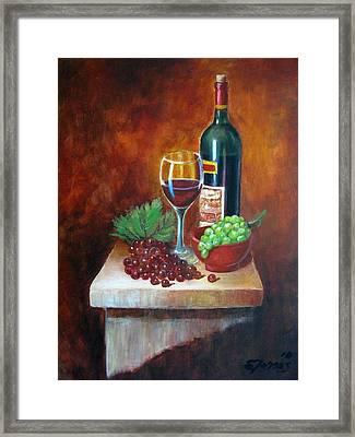 Vino Tinto Framed Print