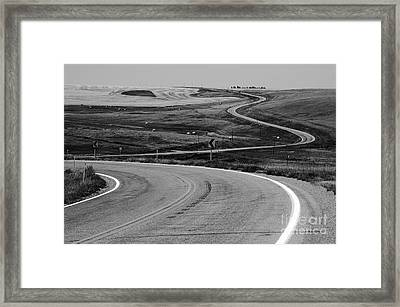 Winding Road Framed Print by Sue Smith