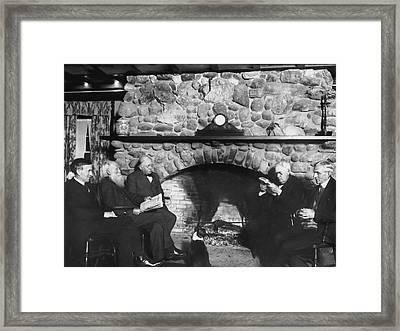 Yama Farm Inn Visitors Framed Print by Underwood Archives