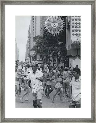 Tony Dorsett Cowboys Framed Print by Retro Images Archive