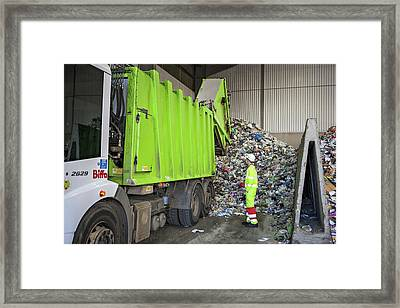 Recycling Centre Framed Print by Lewis Houghton/science Photo Library