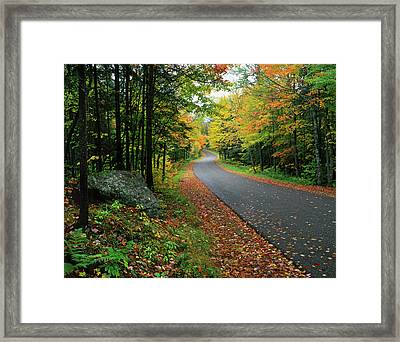 Usa, New York, Adirondack Mountains Framed Print by Jaynes Gallery