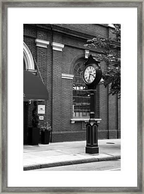 3 33 Pm In Philadelphia Framed Print