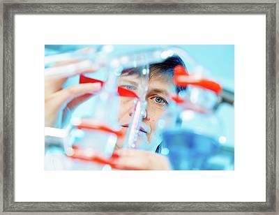 Female Chemist In Lab Framed Print