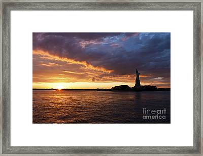 Glorious Sunset Over New York Framed Print by Shishir Sathe