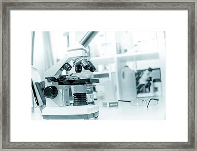 Microscope In Lab Framed Print by Wladimir Bulgar