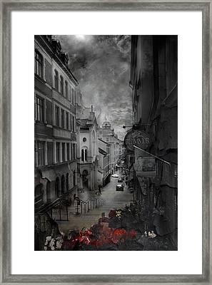 Riddim Framed Print by David Fox