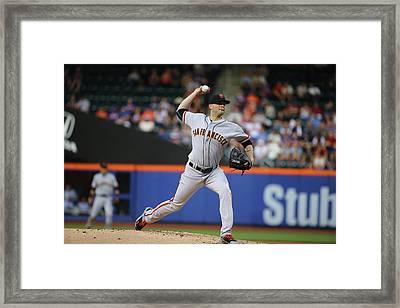 San Francisco Giants V New York Mets Framed Print by Al Bello