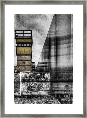 The Berlin Wall Framed Print by Colin Woods