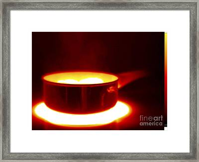 Thermogram Of A Saucepan Framed Print by GIPhotoStock