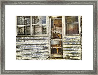 Wash Day Framed Print by Kathy Jennings