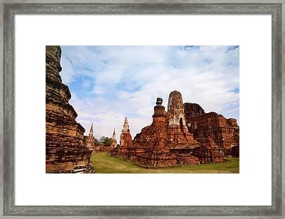Wat Chaiwatthanaram, Ayutthaya Framed Print by Keren Su